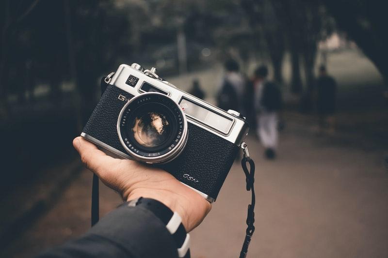 camera on hand - Photography location