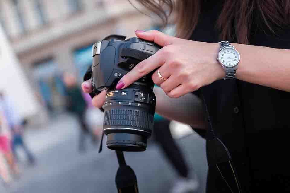 selecting a camera for urban photography