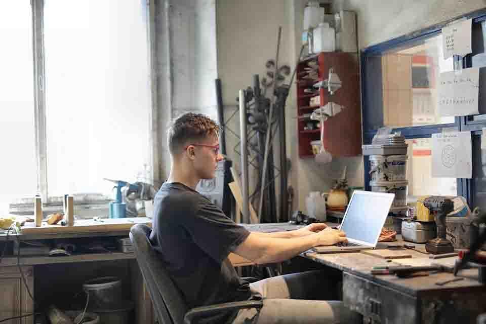 e-commerce photo editors Enhance the popularity of a company