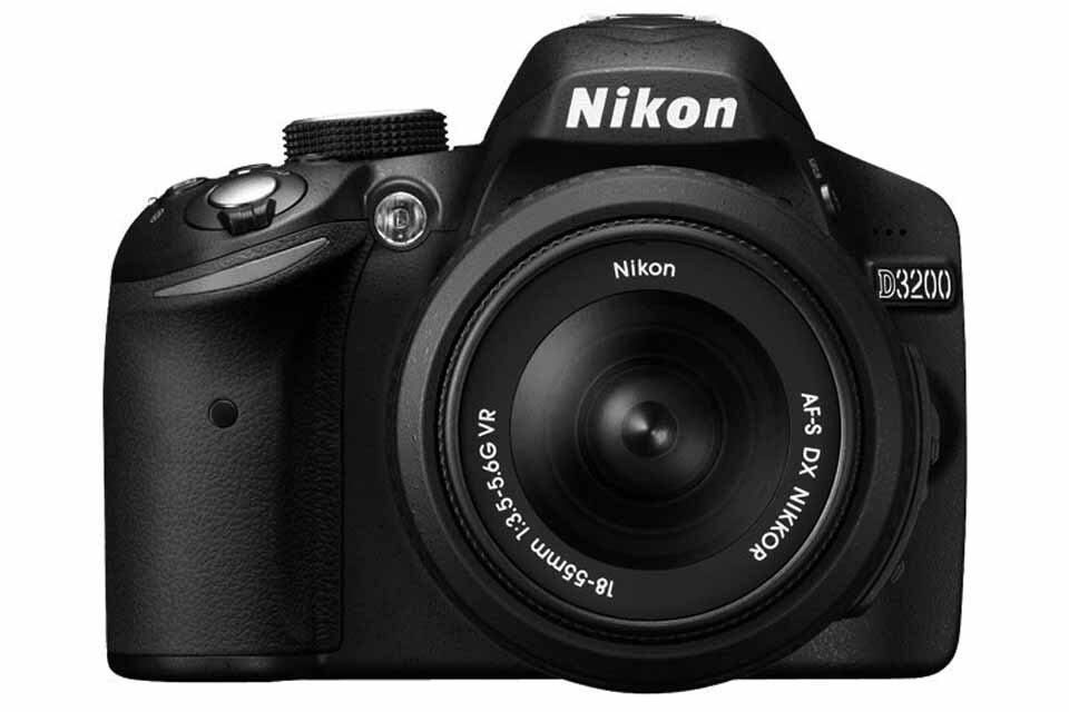 nikon D3200 camera body for showing