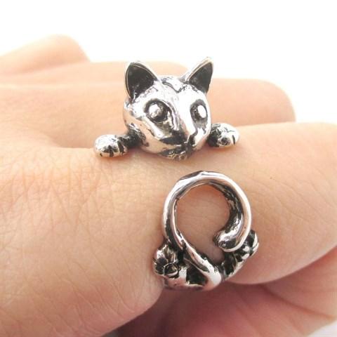 creepy cat ring