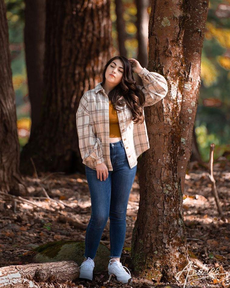 lean-on-tree